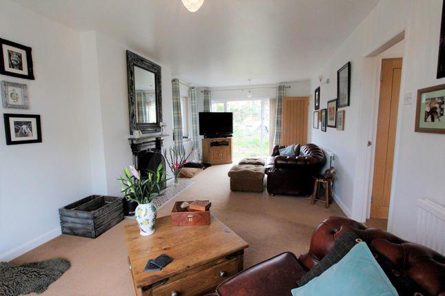 Lounge (6) of Station Road, Castle Bytham, Grantham NG33