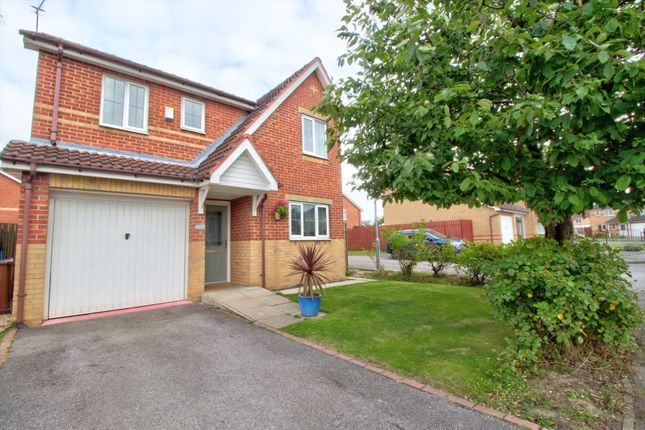 4 bed detached house for sale in Kelberdale Close, Kingswood, Hull HU7