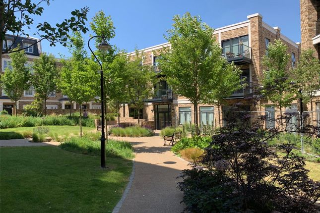 Thumbnail Flat for sale in Concord Court, Palladian Gardens, London