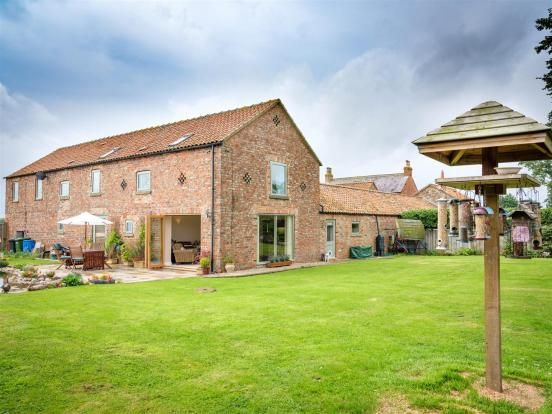 Thumbnail Barn conversion to rent in Gatherley Road, Brompton On Swale, Richmond