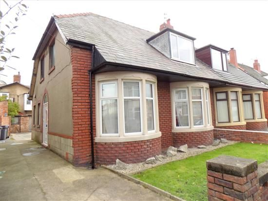 Thumbnail Property to rent in Kenilworth Gardens, Blackpool