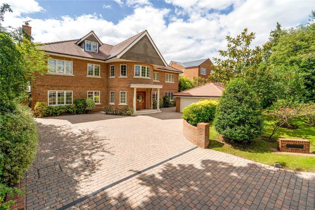 Thumbnail Detached house for sale in Kewferry Drive, Northwood, Middlesex