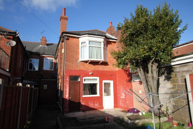 2 bed flat for sale in Christchurch Road, Boscombe, Bournemouth