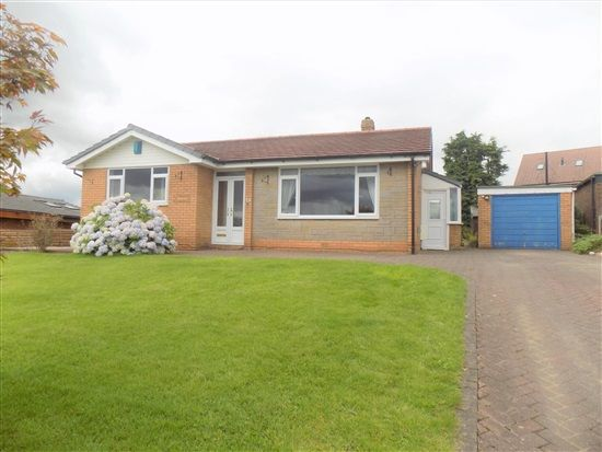 Thumbnail Bungalow to rent in Melrose Way, Chorley