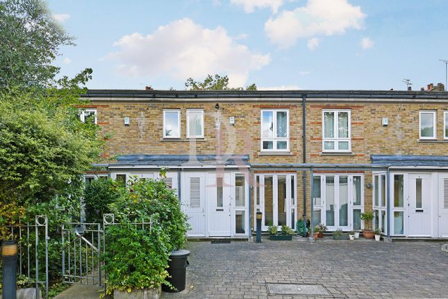 1 bed town house to rent in Doves Yard, London N1