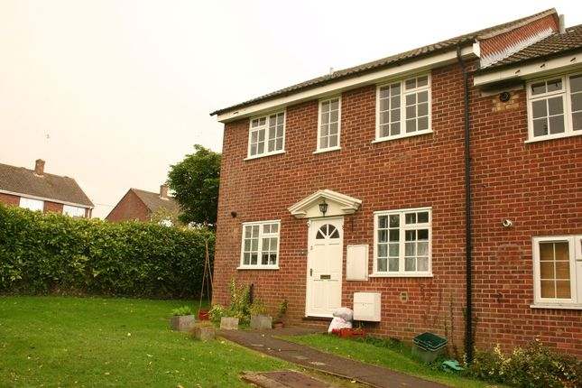 Thumbnail Flat for sale in Morley Place, Hungerford