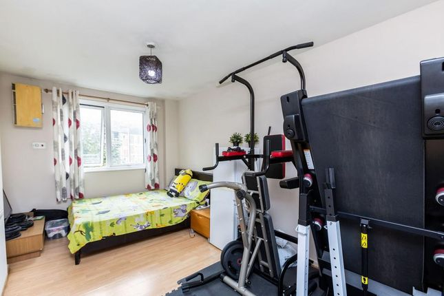 Bedroom 1 of Rounton Road, London E3