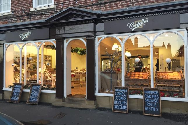 Thumbnail Restaurant/cafe for sale in Market Place, Malton