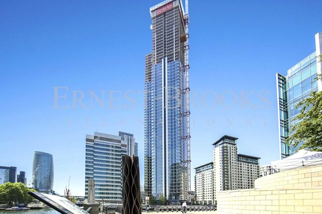 Thumbnail Flat for sale in Hampton Tower, South Quay Plaza, Canary Wharf