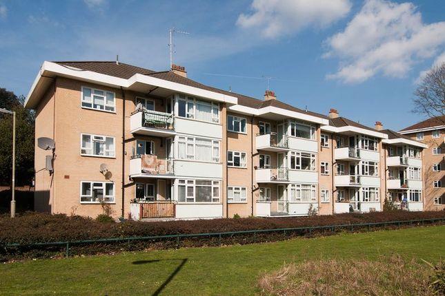 Thumbnail Flat to rent in Smithwood Close, London