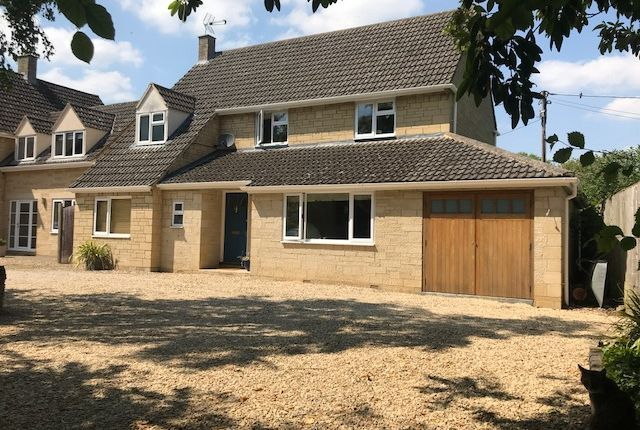 Thumbnail Detached house for sale in London Road, Fairford