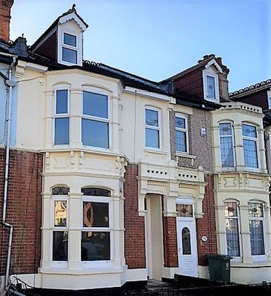 Thumbnail Shared accommodation to rent in Stubbington Avenue, Portsmouth