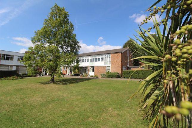 1 bed property for sale in Preston House, Gorringe Avenue, Southdowns Retirement Village, South Darenth DA4
