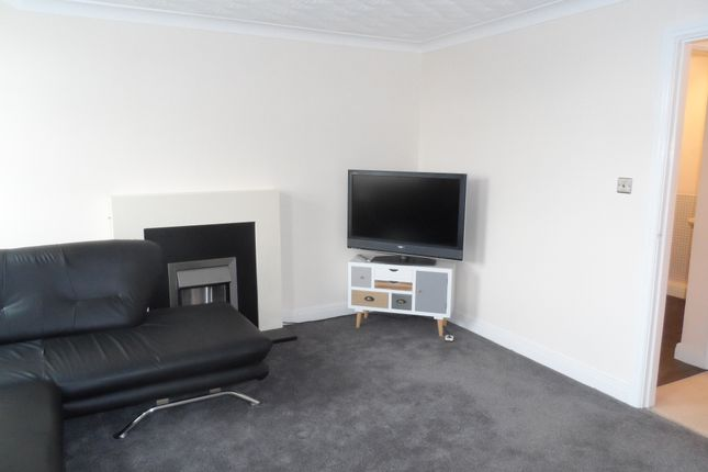Thumbnail Flat to rent in Park View Barnsley Road, South Kirkby