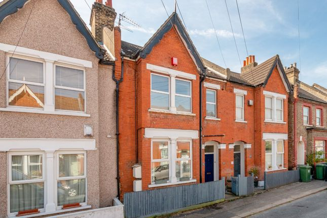 2 bed flat to rent in Shipman Road, London SE23
