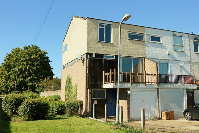 Thumbnail Semi-detached house for sale in Mynchens, Basildon