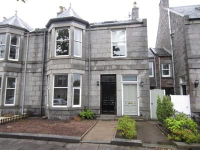 Thumbnail Flat to rent in Burns Road, Aberdeen