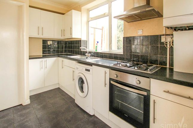 Thumbnail Property to rent in Beechwood Road, Slough
