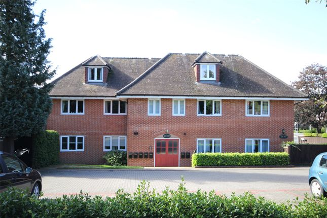 1 bed flat for sale in Greenfields Avenue, Alton, Hampshire GU34