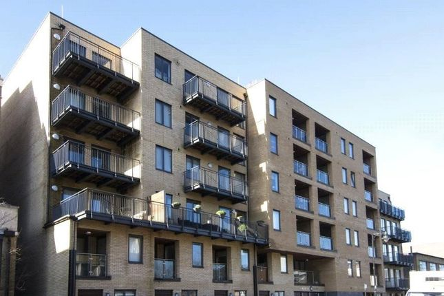2 bed flat for sale in 105 Fairfield Road, Bow