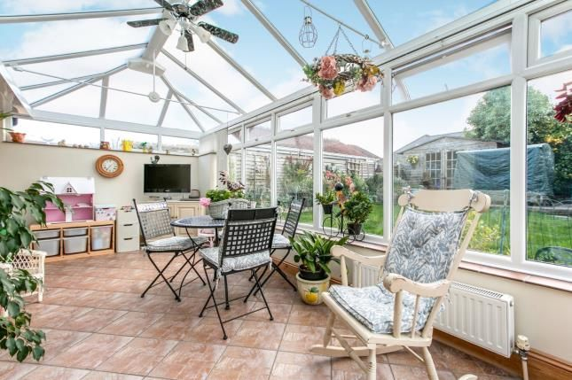 Thumbnail Bungalow for sale in Heather View Road, Poole