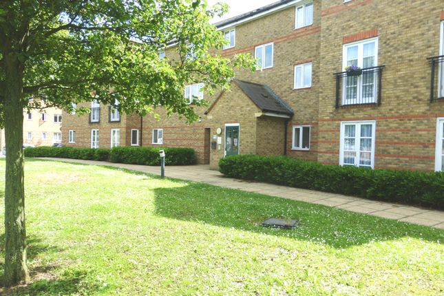 Thumbnail Flat to rent in Nottage Crescent, Braintree