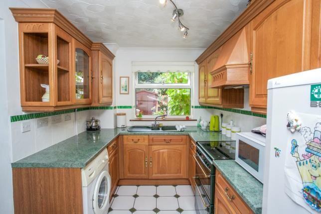 Kitchen of Longfield Avenue, Fareham PO14