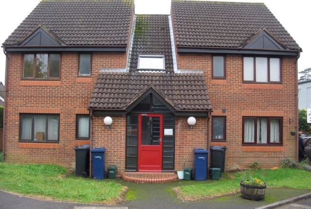 Thumbnail 1 bed flat to rent in Lower Manor Road, Milford