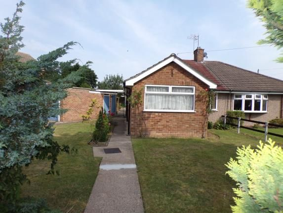 Thumbnail Bungalow for sale in Saltney Way, Silverdale, Nottingham