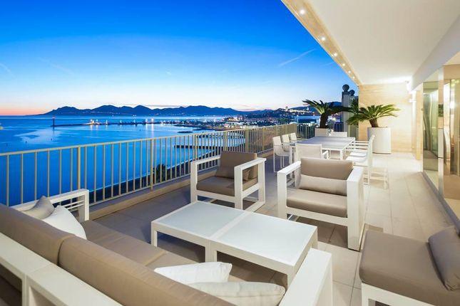 Thumbnail Apartment for sale in Cannes Croisette, Cannes (Commune), Cannes, Grasse, Alpes-Maritimes, Provence-Alpes-Côte D'azur, France