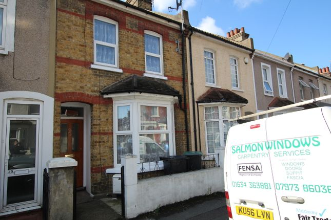3 bed terraced house to rent in Granville Road, Gravesend