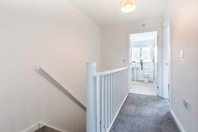 First Floor of Greenview Mount, Leeds LS9