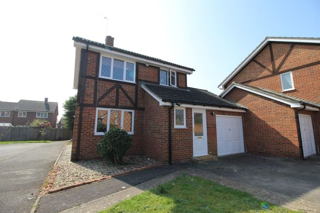 Thumbnail Detached house to rent in Ravenfield, Englefield Green, Egham