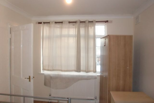 Thumbnail Flat to rent in Heathway, Southall