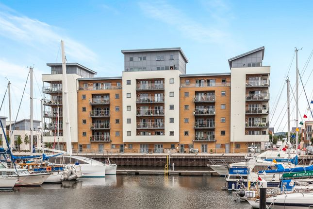 Thumbnail Penthouse for sale in Mizzen Court, Portishead, Bristol