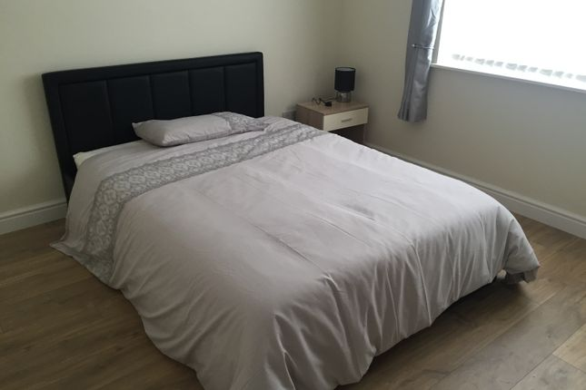 Thumbnail Room to rent in Arley Close, Redditch