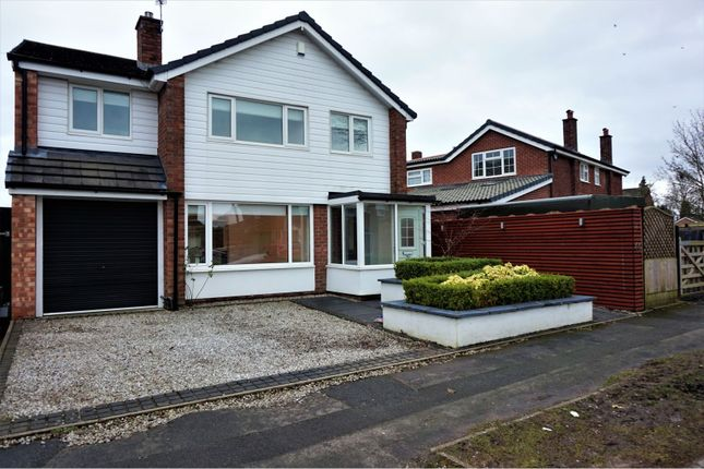 Thumbnail Detached house to rent in Penrhyn Crescent, Stockport