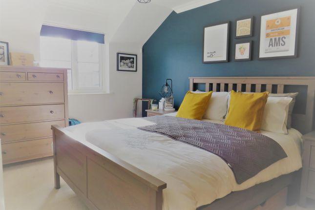 Bedroom 1 of Ottawa Court, Broxbourne EN10