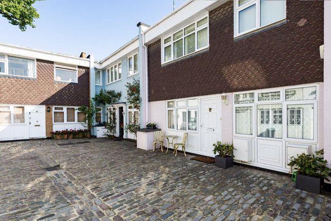 Thumbnail Property to rent in Simon Close, Portobello Road, London