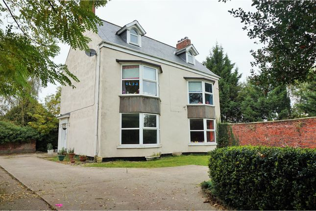 Thumbnail Detached house for sale in Long Sandall, Doncaster
