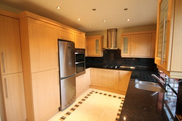 Thumbnail Property to rent in Andover Road, Orpington