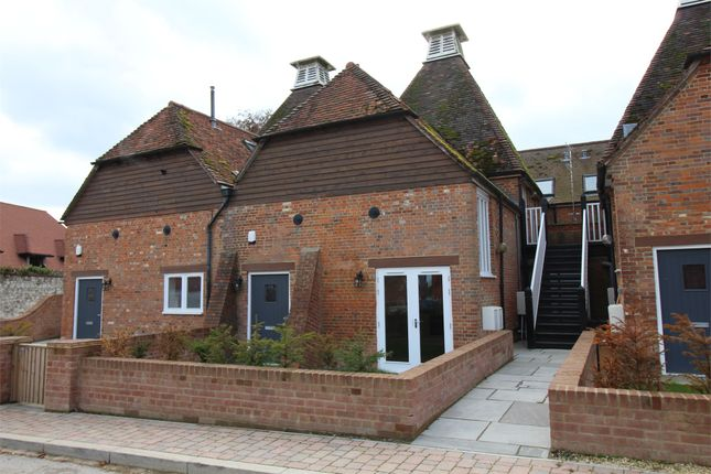 Thumbnail Flat for sale in Oast Lane, Upper Froyle, Alton, Hampshire