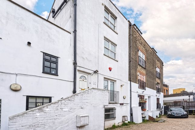 Thumbnail Town house for sale in Regal Row, London