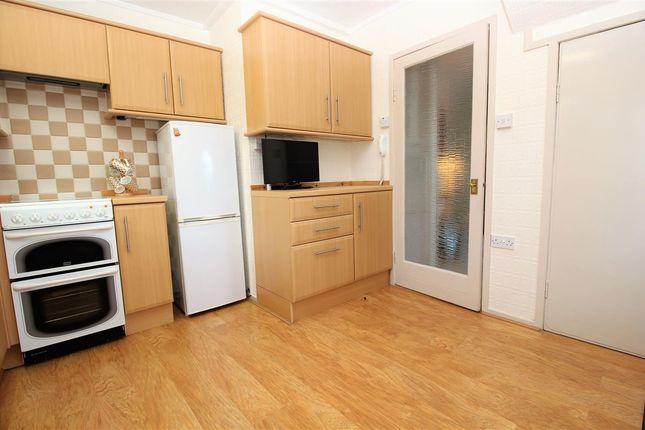 Kitchen of Bantaskine Street, Falkirk FK1