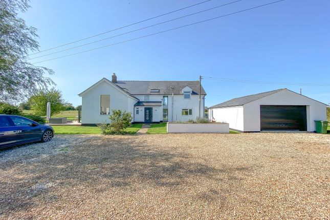 Thumbnail Detached house for sale in Coaley Road, Cam, Dursley