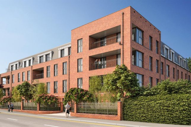 Thumbnail Flat to rent in Hindes Road, Harrow-On-The-Hill, Harrow