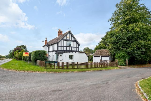 Thumbnail Detached house for sale in Chieveley, Berkshire