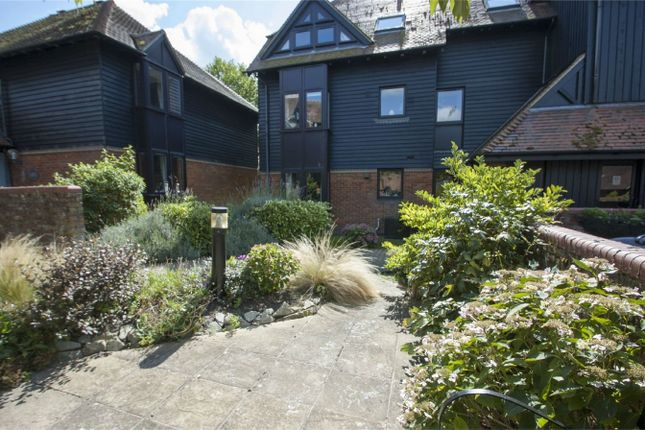 Thumbnail Property for sale in West Street, Odiham, Hook