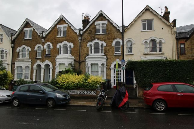 Thumbnail Flat to rent in Palace Gates Road, London