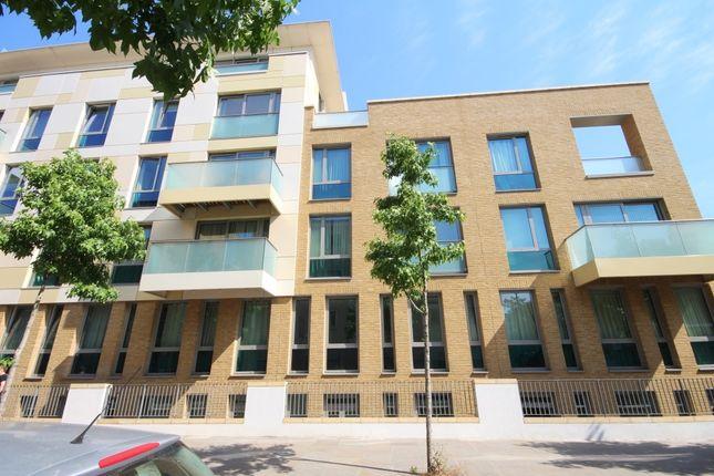 Thumbnail Duplex to rent in Trematon Walk, Balfe Street, London